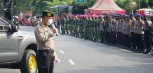 Ribuan Personil Disiagakan Untuk Amankan Puncak Demo Tolak Omnibus Law di Surabaya