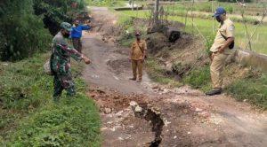 Hujan Deras Sebabkan Lamongan Banjir Bandang