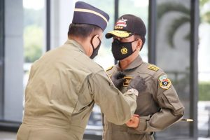 Kapolri Idham Azis Dianugerahi Wing Kehormatan Oleh TNI