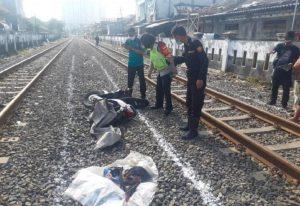 Terabas Palang Pintu Kereta Api Warga Surabaya Tewas