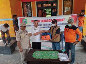 Setelah Halut Pemprov Malut Kembali Serahkan Bantuan Korban Banjir di Halmahera Barat