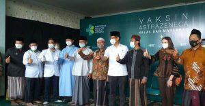 100 Kyai NU di Jawa Timur Terima Suntik Vaksin AstraZenec