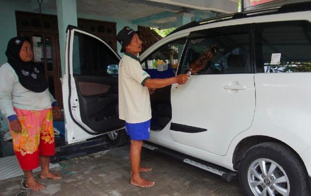 Berkah Cabai Mahal Petani Mojokerto Borong Mobil