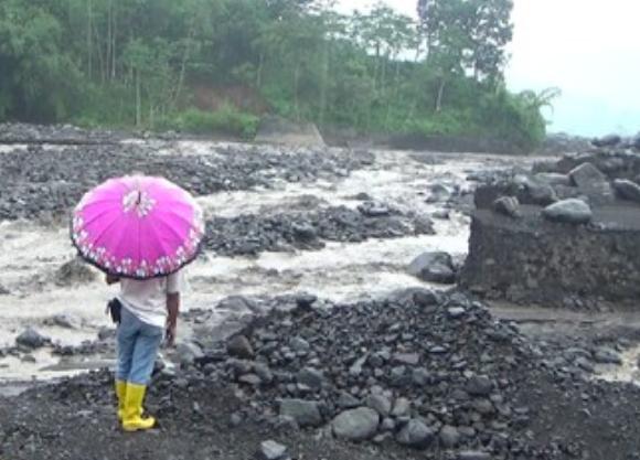 Banjir Lahat Gunung Semeru, Satu Dusun Terisolir