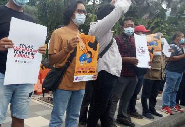 Jurnalis Tempo Alami Kekerasan Wartawan Di jatim Gelar Demo