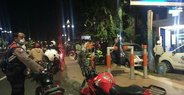 Polisi di Surabaya Bubarkan Dua Kubu yang Nyaris Terlibat Tawuran