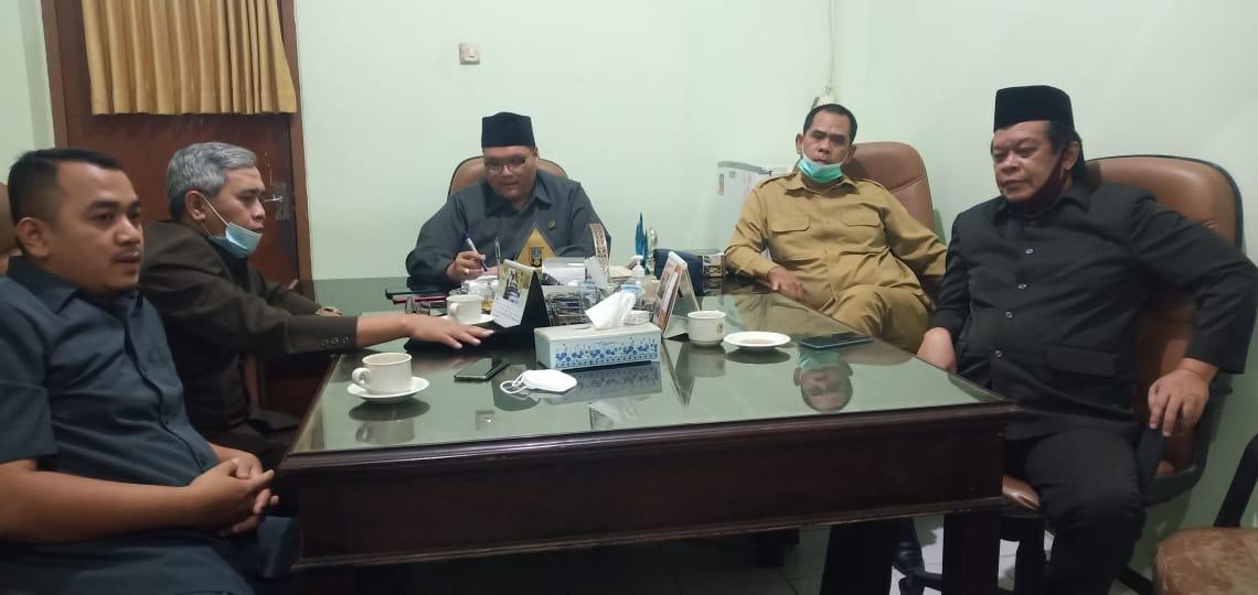 Sulit Cairkan Deposito di BPR Syariah, Silakan Mengadu Di Posko Komisi II DPRD Kota Mojokerto