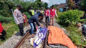 Perempuan Di Blitar Tewas Tertabrak Kereta Api KA Penataran