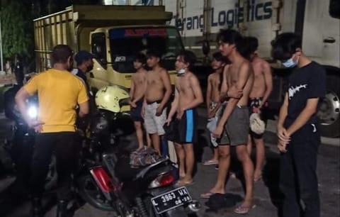Lakukan Balap Liar dan Pesta Miras Belasan Remaja Diamankan Polisi