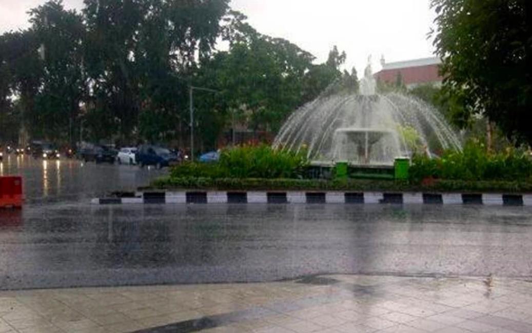 BMKG Prediksi Hujan Akan Mengguyur Wilayah Jatim Hari Ini