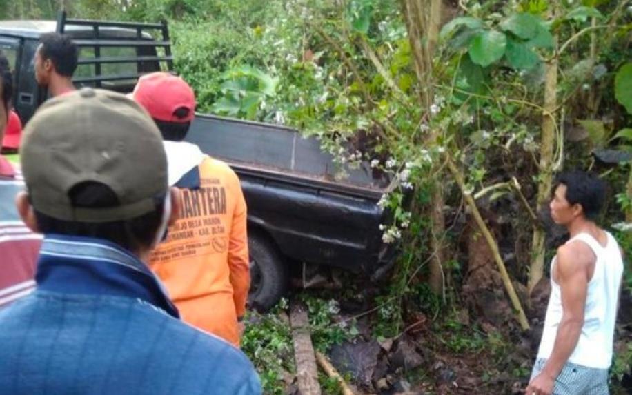 Supir Pickup Tewas Tergencet Kendaraannya Setelah Tak Kuat Di Tanjakan
