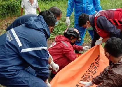 Alami Kecelakaan Maut Di Surabaya, Pasutri Tewas Bersama