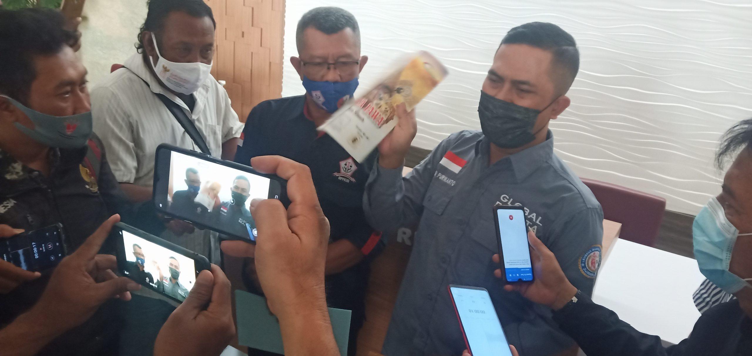 Nyambi Jual Beli LKS, Anggota DPRD Mojokerto Dilaporkan