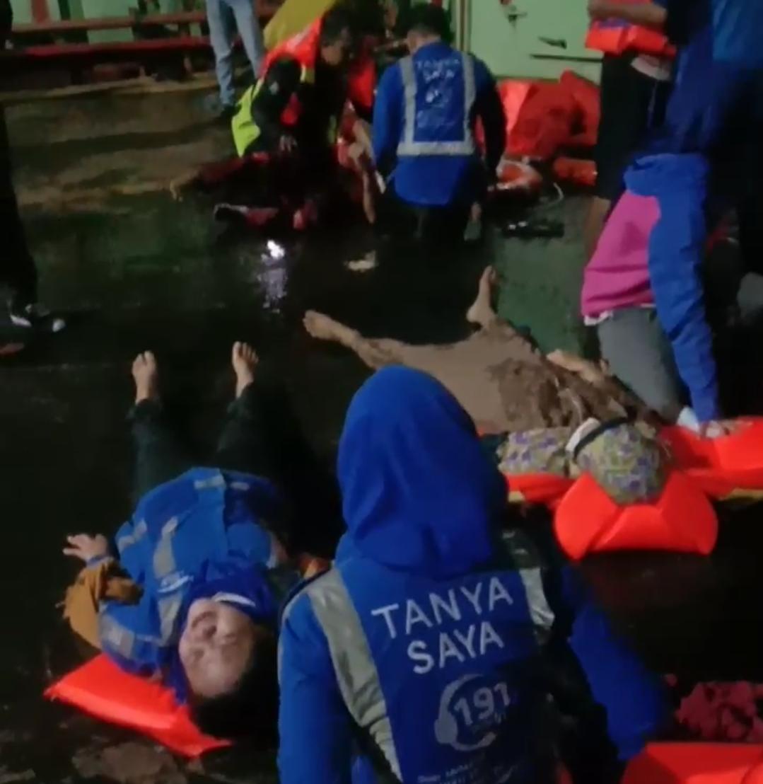 KMP Yunicee Tenggelam 7 Orang Dilaporkan Tewas