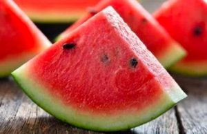5 manfaat buah semangka untuk kesehatan tubuh