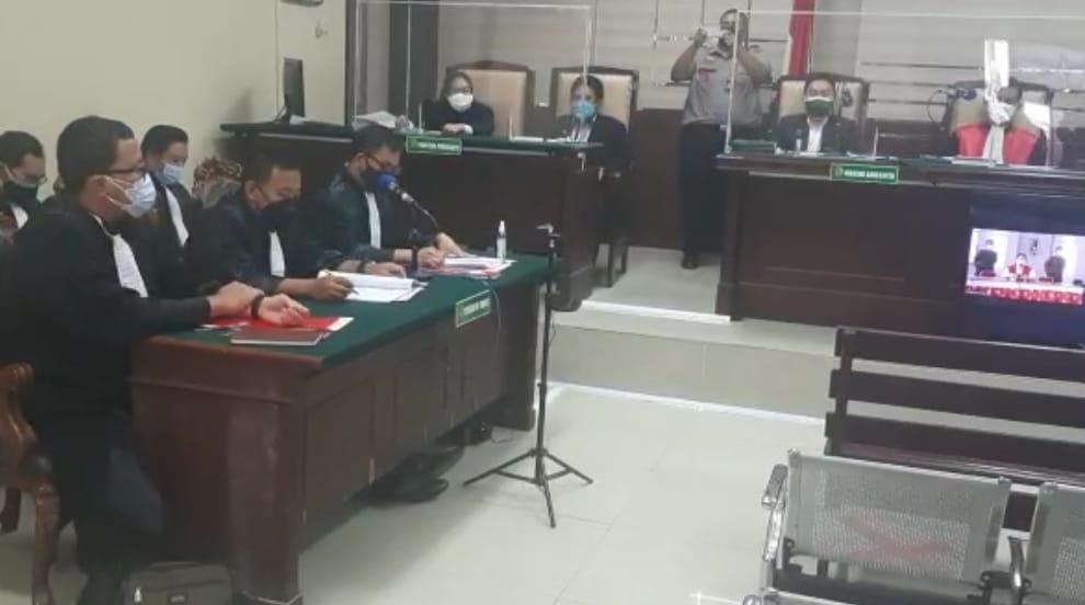 Bupati Nganjuk, Novi Rahman Hidayat Menjalani Sidang Perdana Kasus Suap Jual Beli Jabatan