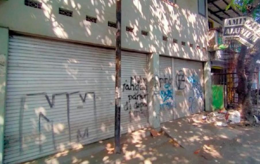 Densus 88 Amankan Terduga Teroris di Wonokromo