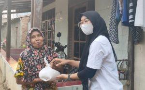 Posko LMND Peduli DKI-Jakarta Giat Membagikan Sembako Membantu Rakyat Kecil Dalam Situasi Pandemi Covid-19.