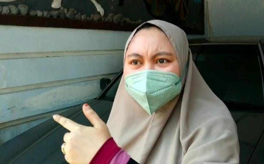 Mama Muda Heroik Usir Maling Pakai Sapu