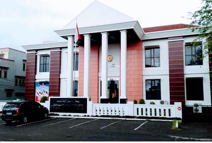 Hakim Tunda Sidang Mediasi Wahda-Sahril