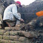 Struktur Bata Kuno Kembali Ditemukan di Area Persawahan Kota Blitar