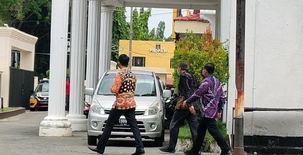 Penyidik KPK, Pejabat Pemkab Probolinggo