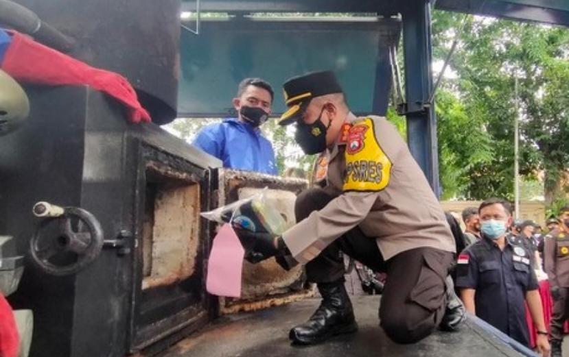 Polrestabes Surabaya, Barang Bukti, Operasi Tumpas Narkoba, Surabaya