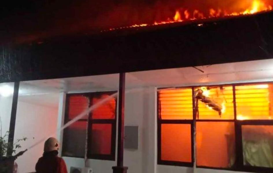 PUPR Surabaya Kebakaran