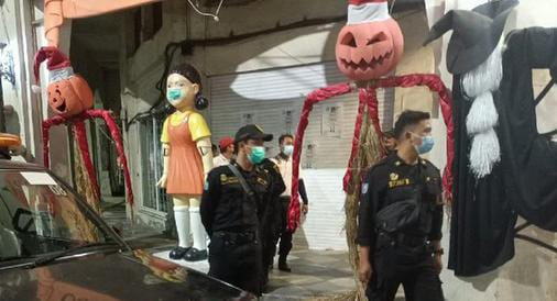 Boneka Squid Game,  Surabaya