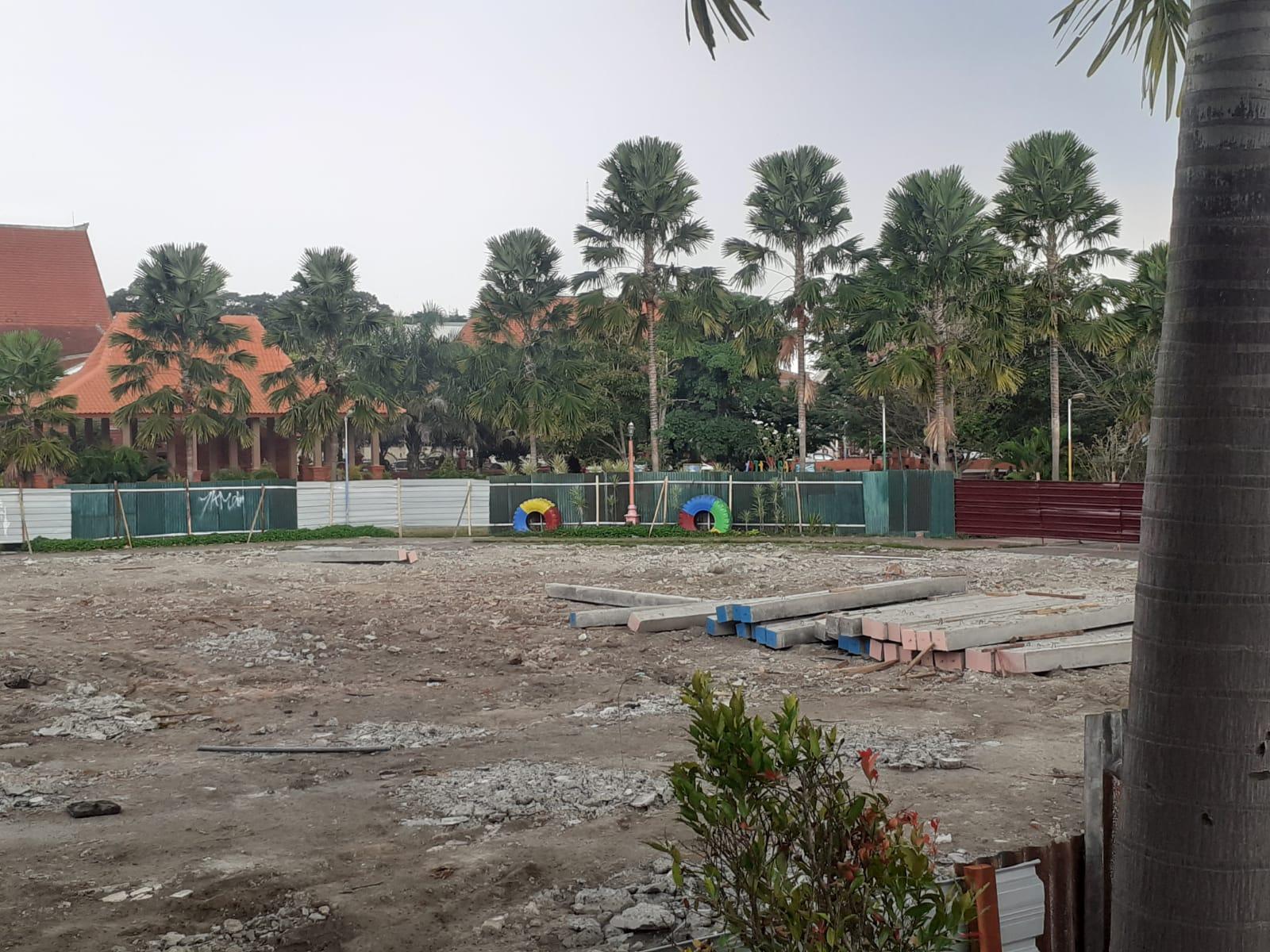 Proyek Taman Alun Alun Tugu Majapahit Mojokerto